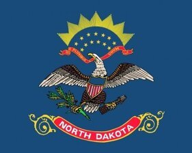 Oss North Dakota flagga