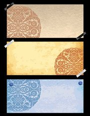 The paper with the old classical pattern